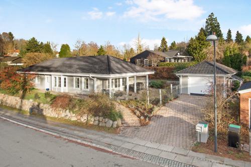 Køb bolig hos Bolig Eksklusiv - Søg i vores store udvalg af lækre boliger